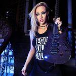 Nita Strauss en Guitarraviva