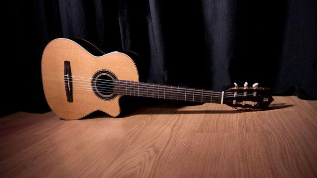 guitarra-alhambra-crossover
