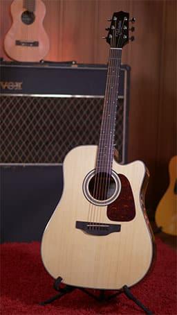 Review guitarra electroacústica Takamine GD15CE-NAT de Guitarraviva