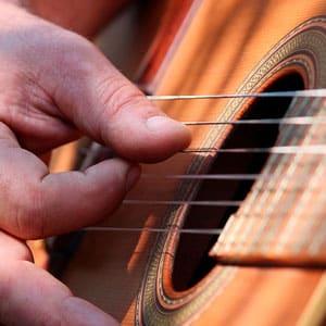 Curso de guitarra online de fFingerpicking Básico gratis de Guitarraviva