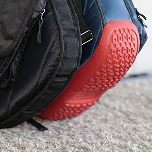 Parte inferior, o bota, de caucho de las fundas de guitarra Mono