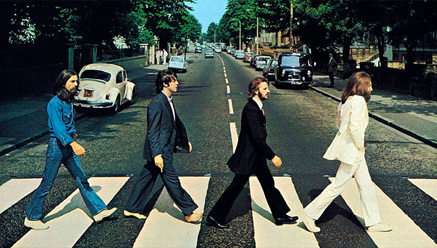 Portada Abbey Road de The Beatles, con John Lennon, Paul McCartney, George Harrison y Ringo Starr