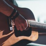 11 pasos para aprender a tocar la guitarra